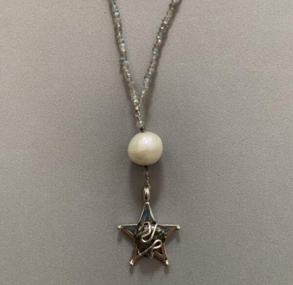 Santa Fe Marketplace Labradorite Star Necklace