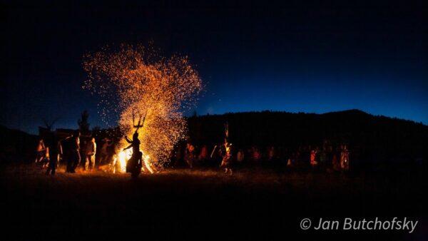 Santa Fe Marketplace Crown Dancers – Jan Butchofsky