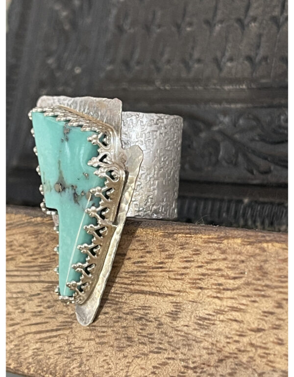 Santa Fe Marketplace Baja Turquoise Lightning Bolt Ring Size 7