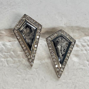 Santa Fe Marketplace Natural Grey & White Diamond