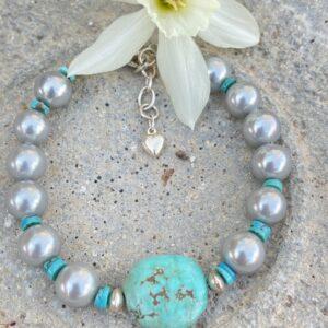 Santa Fe Marketplace Turquoise & Grey Pearl Bracelet